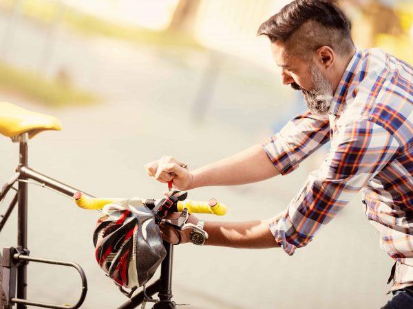 Fahrradlenker einstellen: Wie du deine Lenkstange in die richtige Position bringst