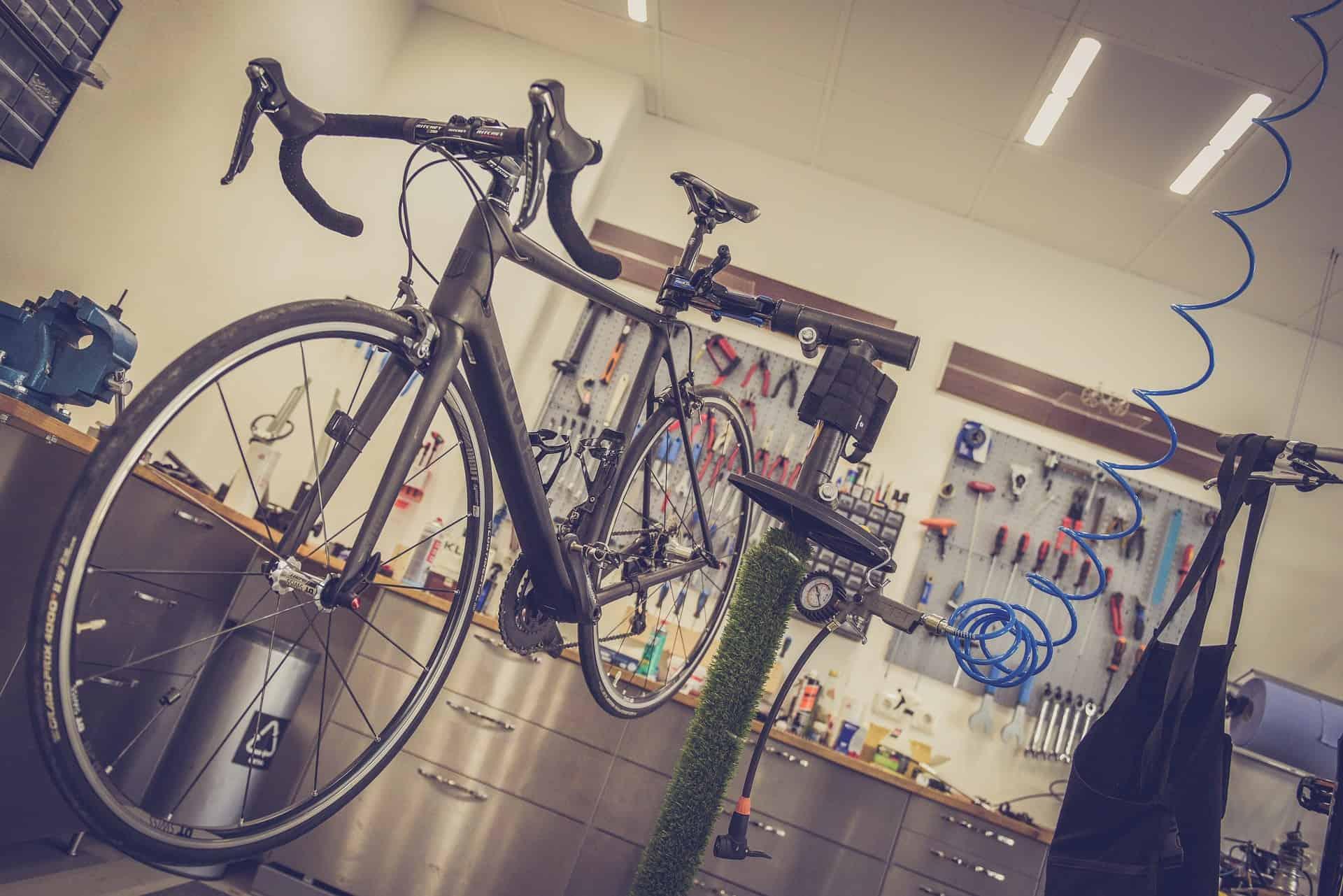 Fahrrad Reparaturständer: Test & Empfehlungen (04/21)
