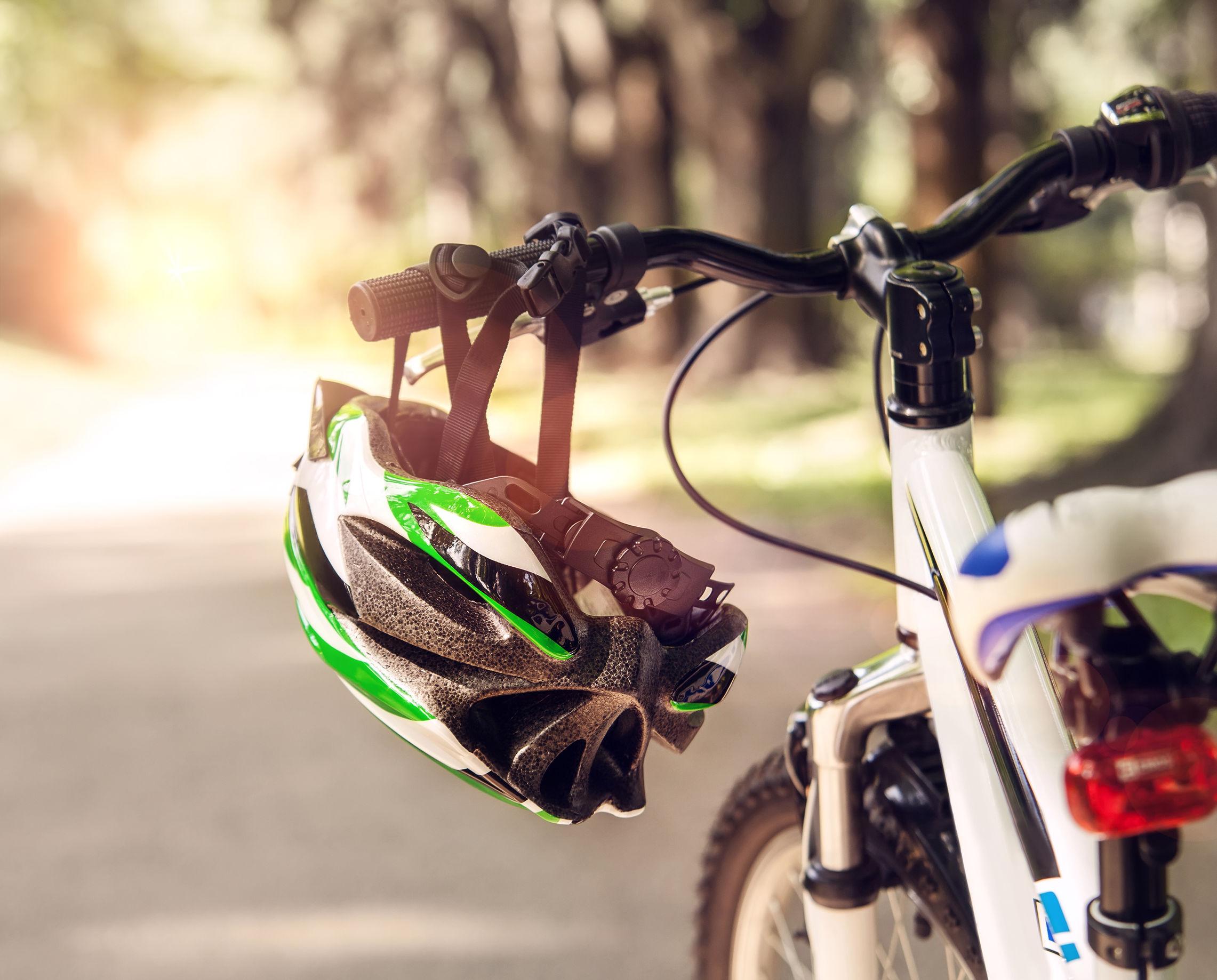Fahrradhelm mit Licht